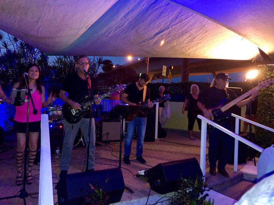 Showcase Band
